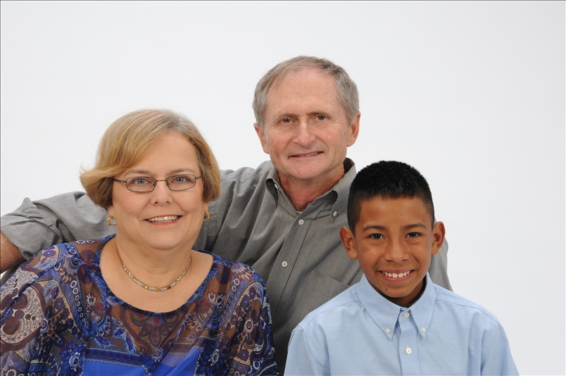 Gary, wife Cathy, and son Pablo
